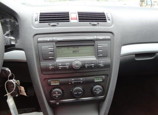 Škoda Octavia 1.6 75kw AMBIENTE TEMPOMAT TOP full