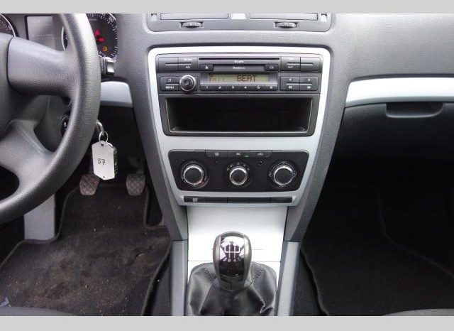 Škoda Octavia 1.6MPI 75kwAMBIENTE Parktronic full