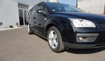 Ford Focus 1.6 74kwSTYLE+ CLIMATRONIC ALU full