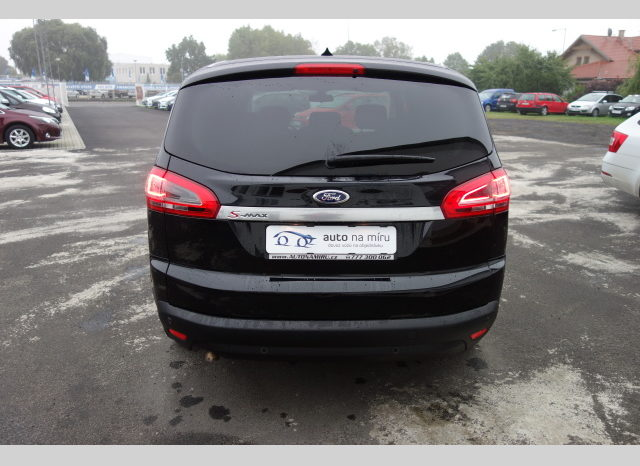 Ford S-MAX 2.0TDCi120kw BUSINESS NAVI TOP full